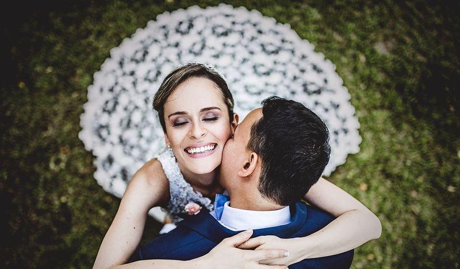 El matrimonio de Víctor  y Lina  en Cali, Valle del Cauca