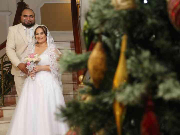 El matrimonio de Henry y Adrina