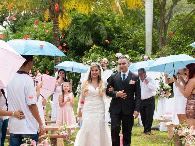 El matrimonio de Edison y Yetsica en Santafé de Antioquia, Antioquia 16