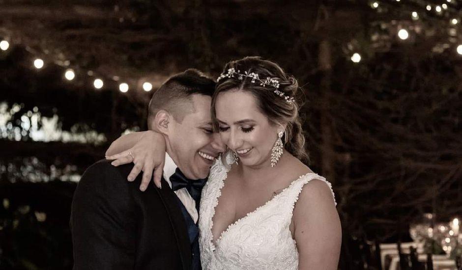 El matrimonio de Juan Camilo y Laura en Medellín, Antioquia