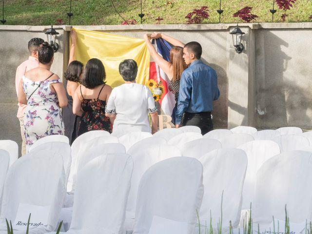 El matrimonio de Rob y Stacy en Sabaneta, Antioquia 4