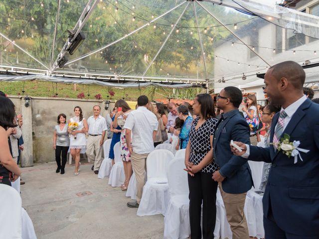 El matrimonio de Rob y Stacy en Sabaneta, Antioquia 14