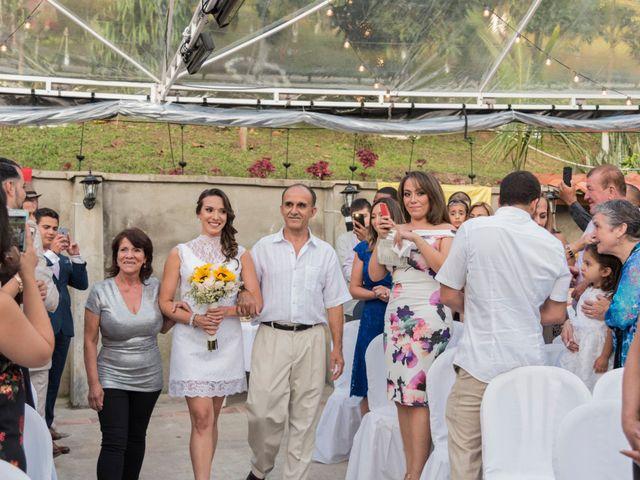 El matrimonio de Rob y Stacy en Sabaneta, Antioquia 15