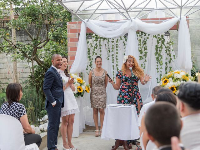 El matrimonio de Rob y Stacy en Sabaneta, Antioquia 17