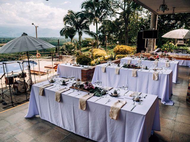 El matrimonio de Laura y Alexander en Montenegro, Quindío 3