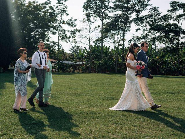 El matrimonio de Laura y Alexander en Montenegro, Quindío 18
