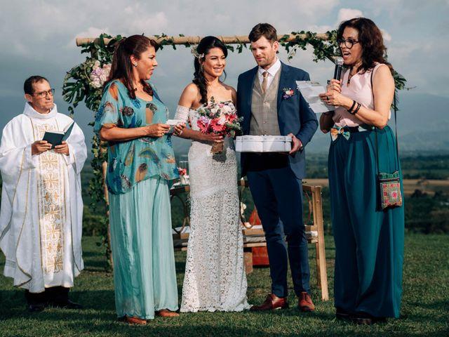 El matrimonio de Laura y Alexander en Montenegro, Quindío 23
