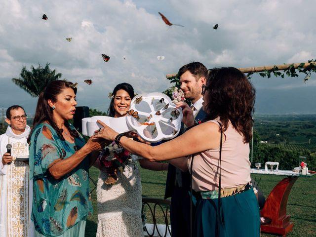 El matrimonio de Laura y Alexander en Montenegro, Quindío 24