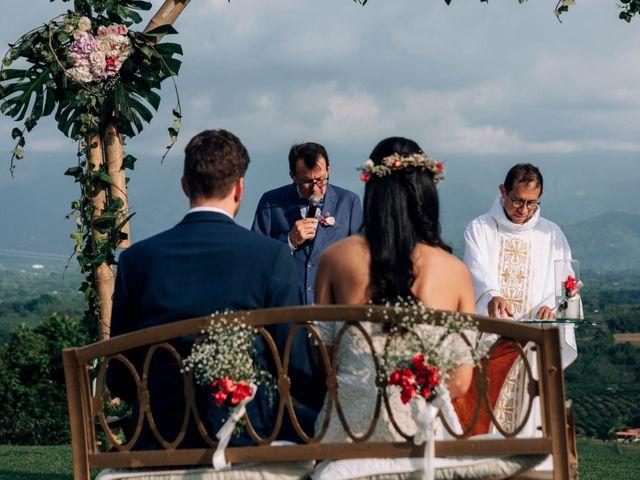 El matrimonio de Laura y Alexander en Montenegro, Quindío 25