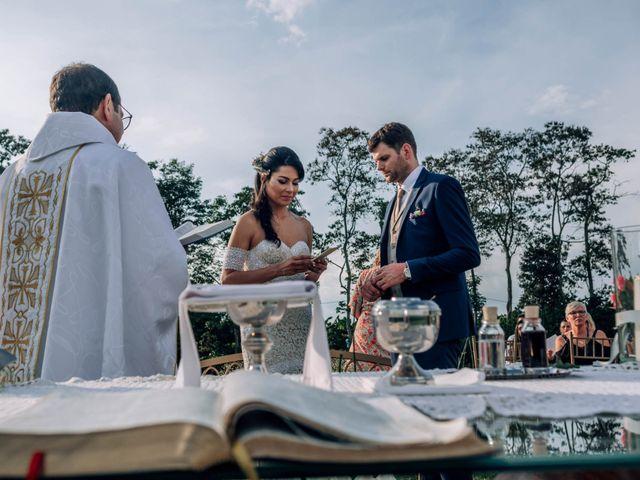 El matrimonio de Laura y Alexander en Montenegro, Quindío 30
