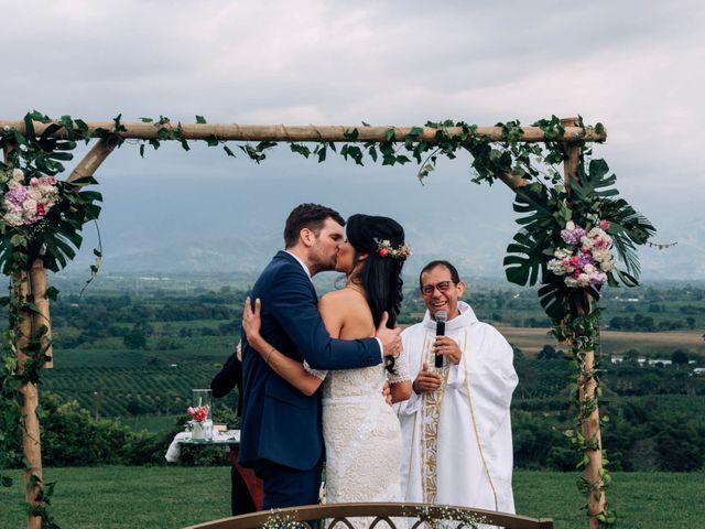 El matrimonio de Laura y Alexander en Montenegro, Quindío 36