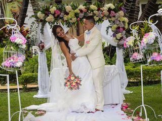 El matrimonio de Mónica  y Erik