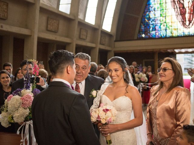 El matrimonio de Jorge Mario y Victoria en Bogotá, Bogotá DC 6