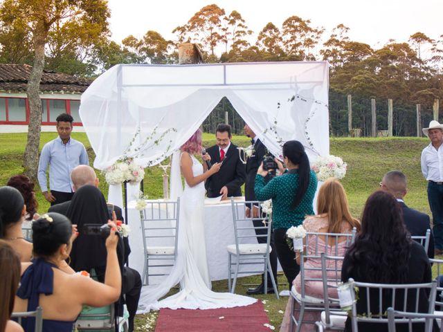 El matrimonio de Sebastián y Laura en Rionegro, Antioquia 24