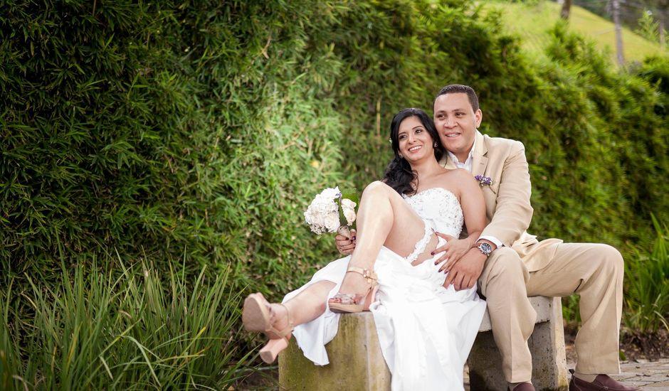 El matrimonio de Alex Mauricio Bedoya Sanchez y Gladys Estella Arango Toro en Medellín, Antioquia