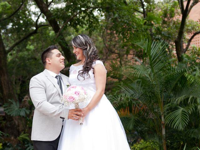El matrimonio de Marlon y Johana en Medellín, Antioquia 16