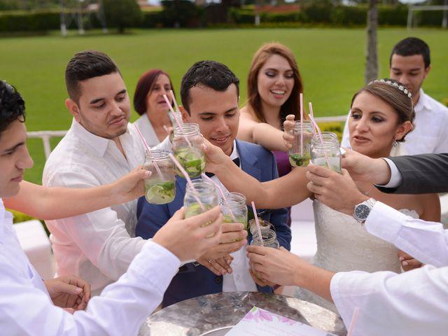 El matrimonio de Esteban y Yanet en Pereira, Risaralda 102