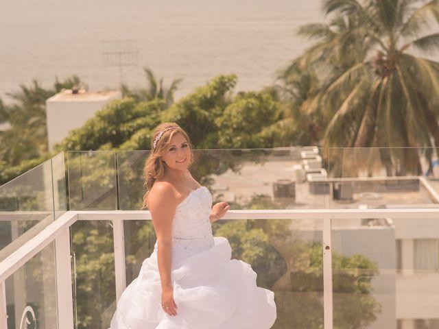 El matrimonio de Camilo Montealegre  y Luz Soraya Pérez  en Santa Marta, Magdalena 21