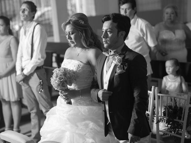 El matrimonio de Camilo Montealegre  y Luz Soraya Pérez  en Santa Marta, Magdalena 40