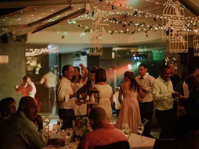 El matrimonio de Stiven  y Maria Camila en Medellín, Antioquia 30
