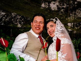 El matrimonio de Betty y Chris 2