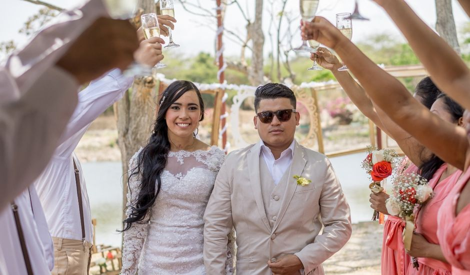El matrimonio de Albeniz y Keyla en Sabanagrande, Atlántico