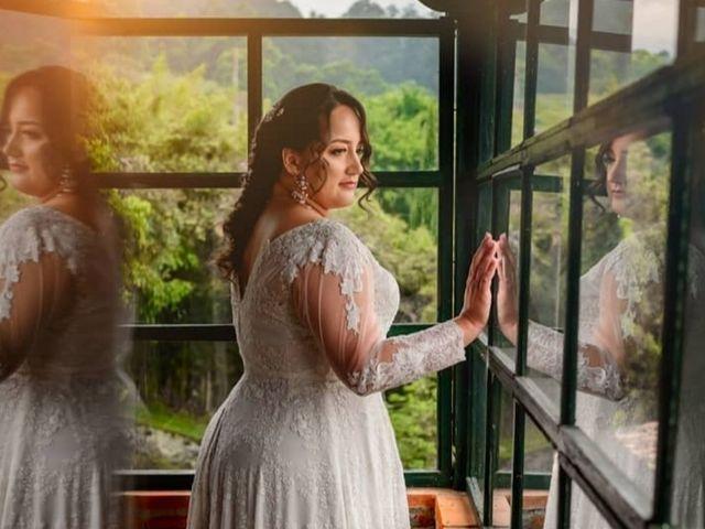 El matrimonio de Diego  y Viviana  en Itagüí, Antioquia 13