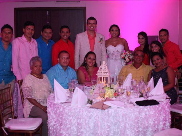 El matrimonio de Sergio y Xedis en Cartagena, Bolívar 55