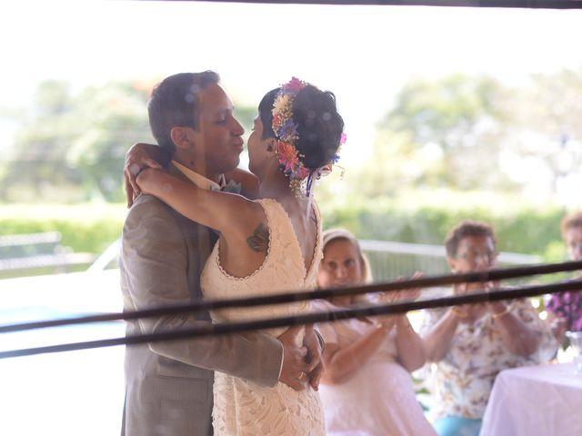 El matrimonio de Isabel  y Julian  en Calima, Valle del Cauca 6