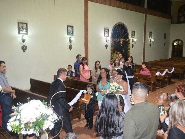 El matrimonio de Fredy y Heidy en Barbosa, Antioquia 16