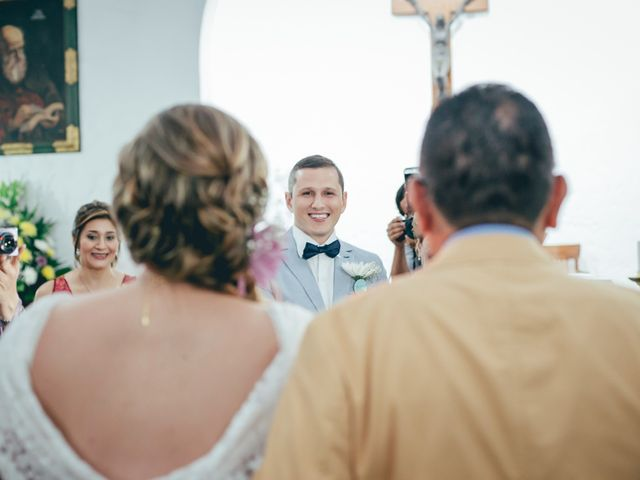El matrimonio de Felipe y Carolina en Envigado, Antioquia 13