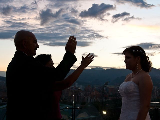 El matrimonio de Henry y Yenny en Medellín, Antioquia 9
