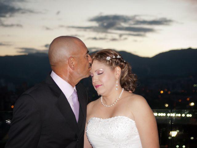 El matrimonio de Henry y Yenny en Medellín, Antioquia 11