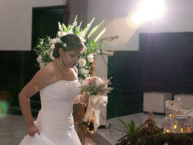 El matrimonio de Henry y Yenny en Medellín, Antioquia 16