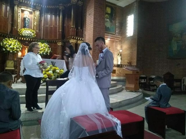 El matrimonio de Andres y Tatiana en Sabaneta, Antioquia 11