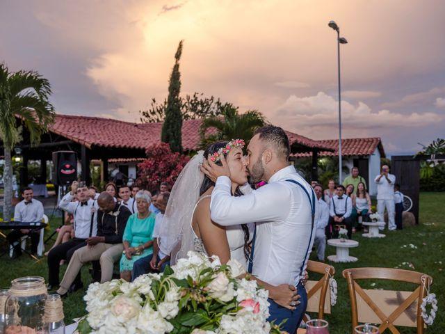 El matrimonio de Carlos y Vanessa en Cali, Valle del Cauca 23