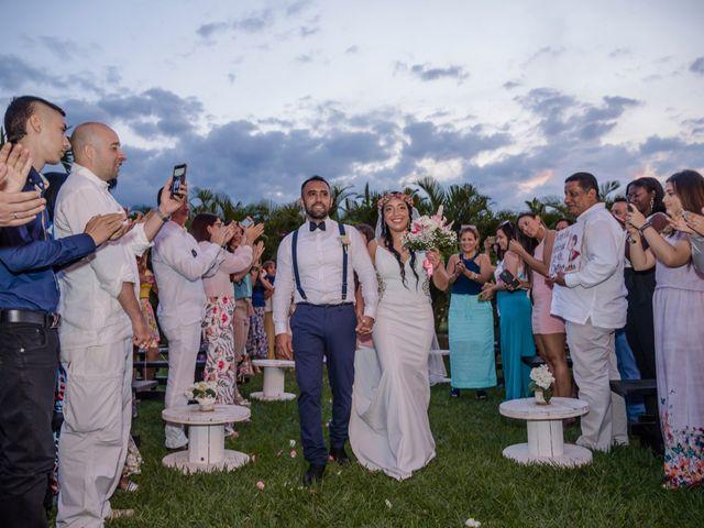 El matrimonio de Carlos y Vanessa en Cali, Valle del Cauca 24