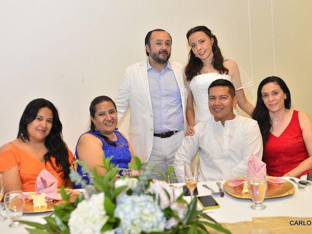 El matrimonio de Miguel Andrés  y Elena María  en Villavicencio, Meta 2