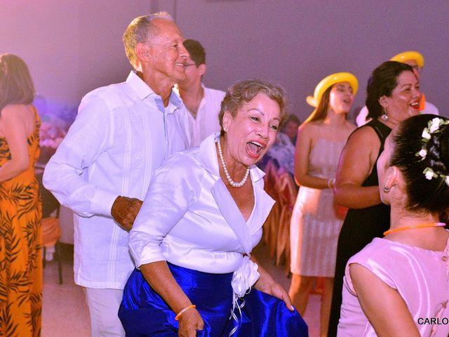 El matrimonio de Miguel Andrés  y Elena María  en Villavicencio, Meta 8