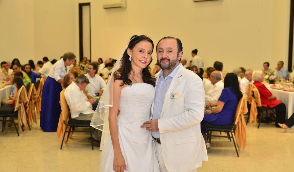 El matrimonio de Miguel Andrés  y Elena María  en Villavicencio, Meta
