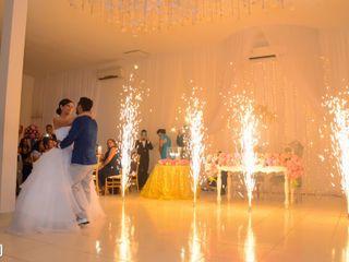 El matrimonio de May y Mau