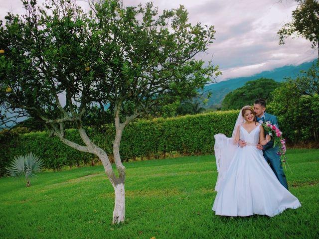 El matrimonio de Cris y Lulu en Cali, Valle del Cauca 21