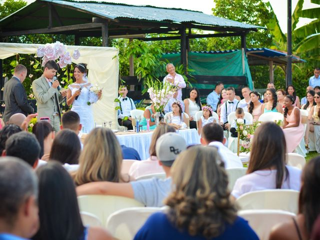 El matrimonio de Luis y Cristina en Tuluá, Valle del Cauca 38