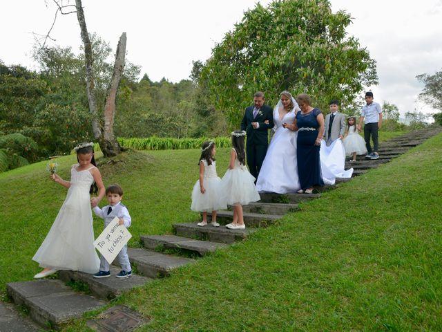 El matrimonio de Juan Camilo y Yuri en Manizales, Caldas 6