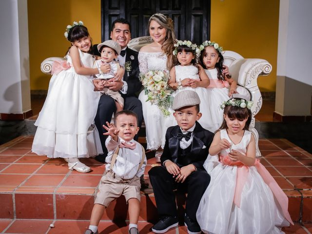 El matrimonio de Edisson y Viviana en Bucaramanga, Santander 6