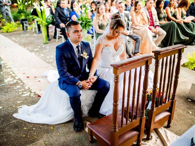 El matrimonio de Christian  y Jennifer en Cali, Valle del Cauca 13