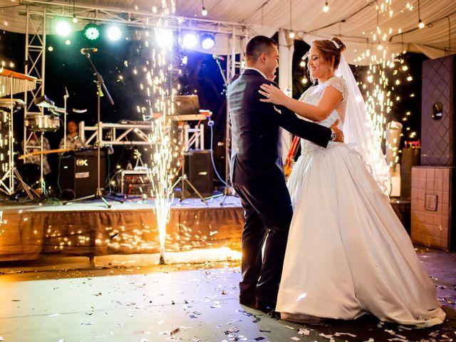 El matrimonio de Christian  y Jennifer en Cali, Valle del Cauca 16