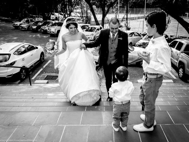 El matrimonio de Juan Diego y Mariana en Medellín, Antioquia 21