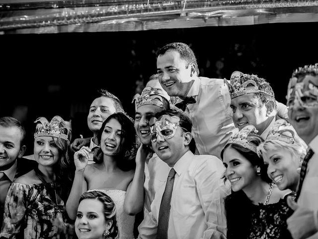 El matrimonio de Juan Diego y Mariana en Medellín, Antioquia 39