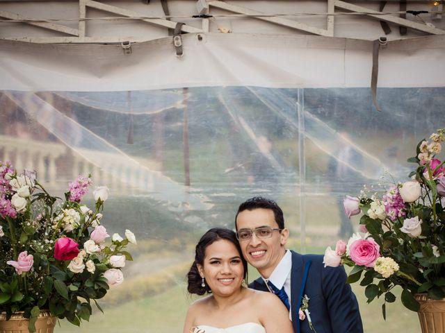 El matrimonio de Carlos  y Ana Gabriela  en Bogotá, Bogotá DC 16
